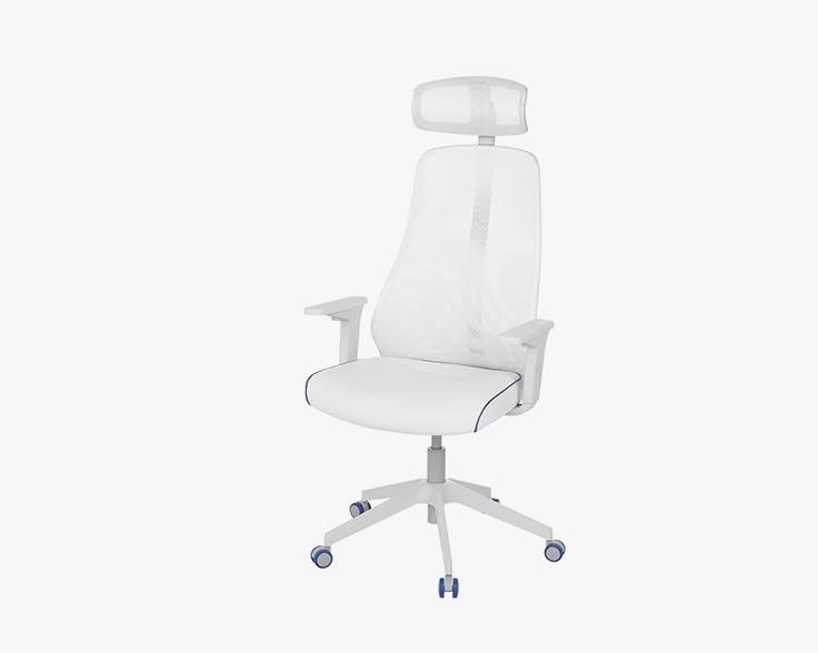 Минималистичный игровой стул с сетчатой спинкой и прорезиненными роликами, которые не скользят по полу.